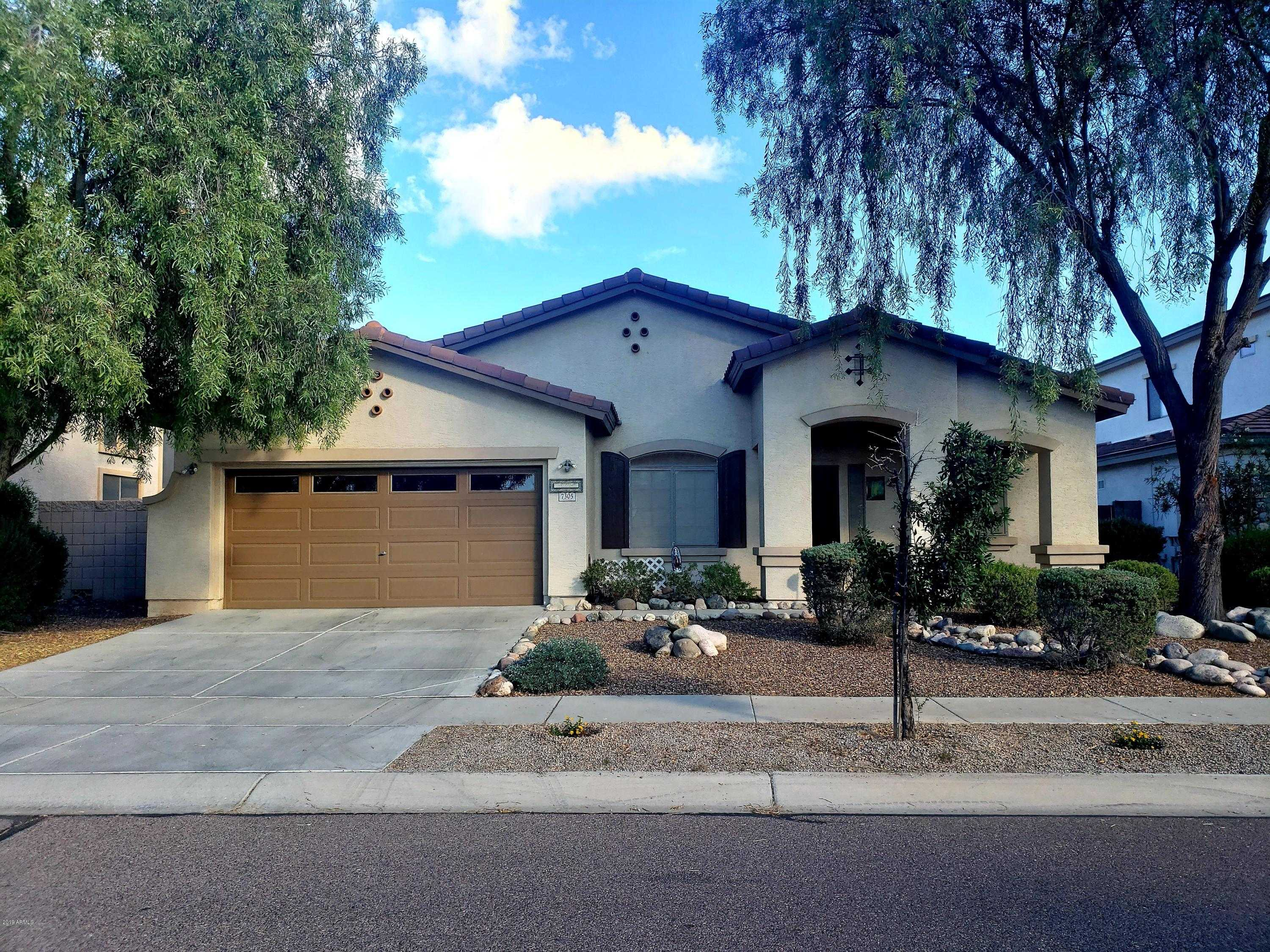 $327,900 - 4Br/2Ba - Home for Sale in Rovey Farm Estates South, Glendale