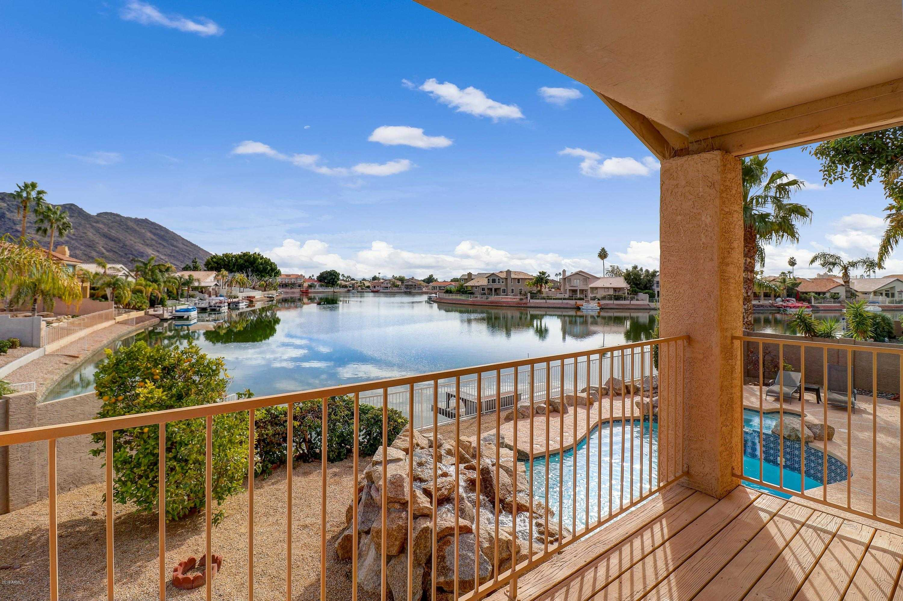 $549,000 - 4Br/3Ba - Home for Sale in Arrowhead Lakes Unit 4 Lot 1-59 Tr A, Glendale