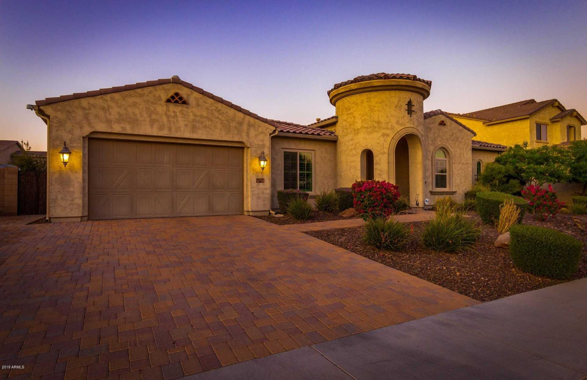 $750,000 - 4Br/4Ba - Home for Sale in Meadows Parcel 4a, Peoria
