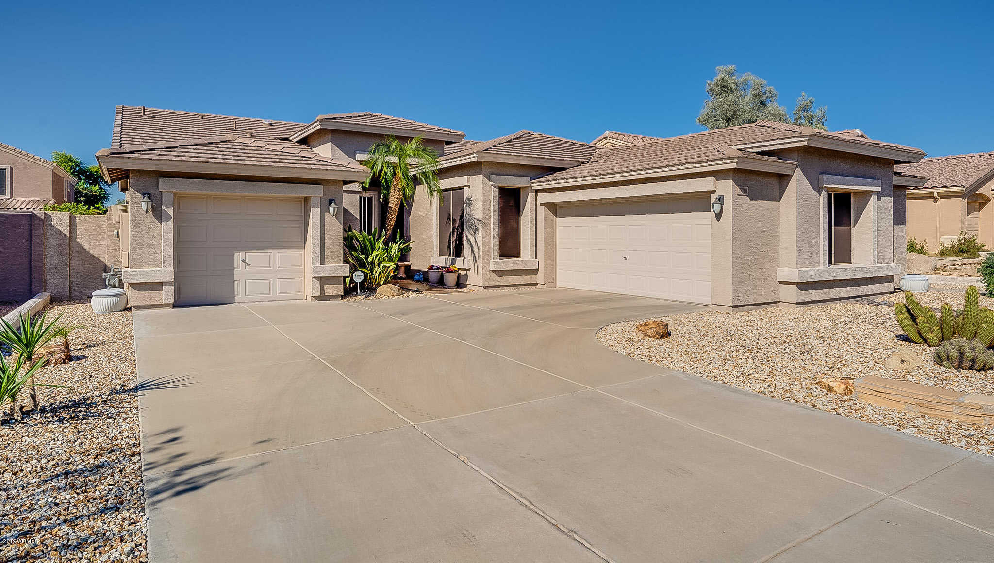 $394,500 - 3Br/2Ba - Home for Sale in Touchstone, Glendale