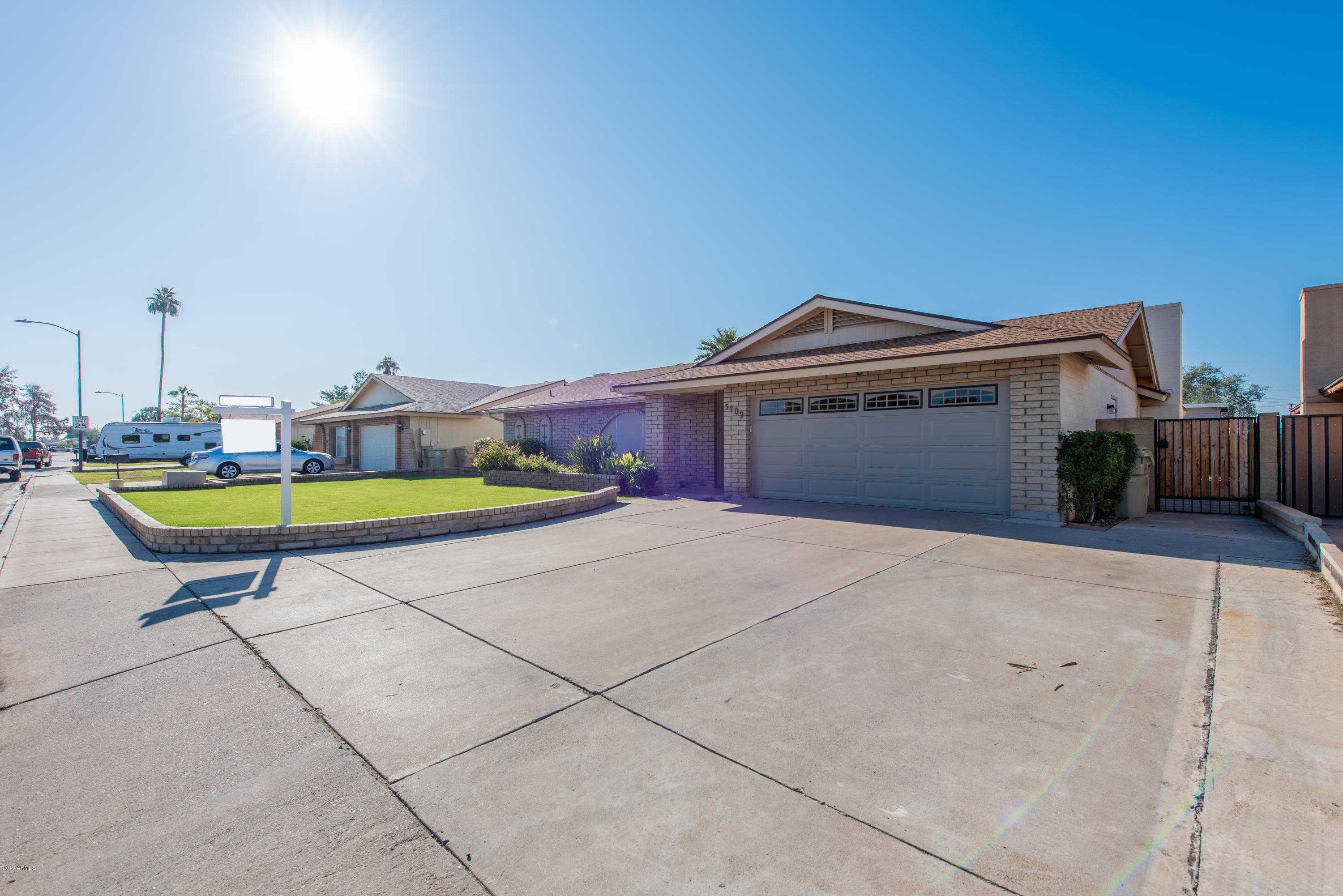 $335,900 - 3Br/2Ba - Home for Sale in Thunderbird Palms 1 Lot 1-315, Glendale
