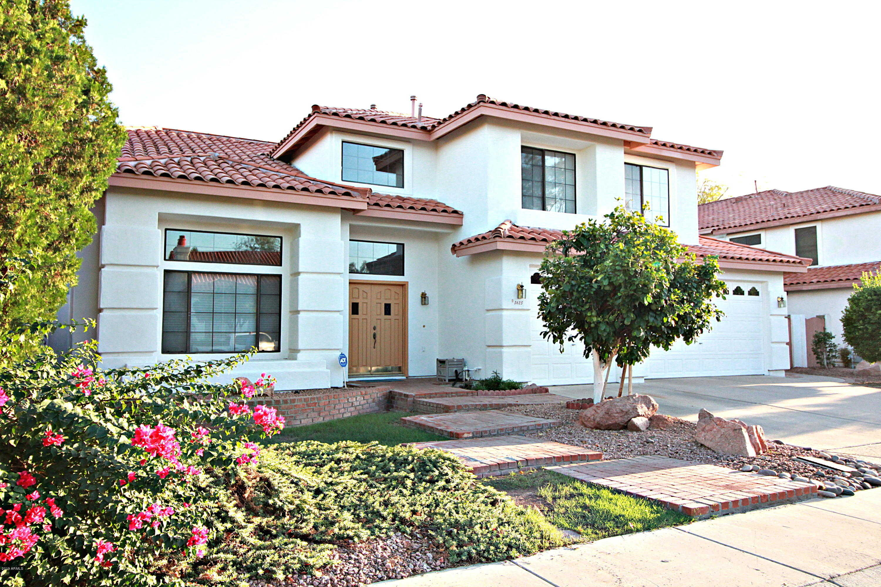 $357,000 - 4Br/3Ba - Home for Sale in Mission Groves 2 At Marshall Ranch Lt 1-76 Tr A B, Glendale