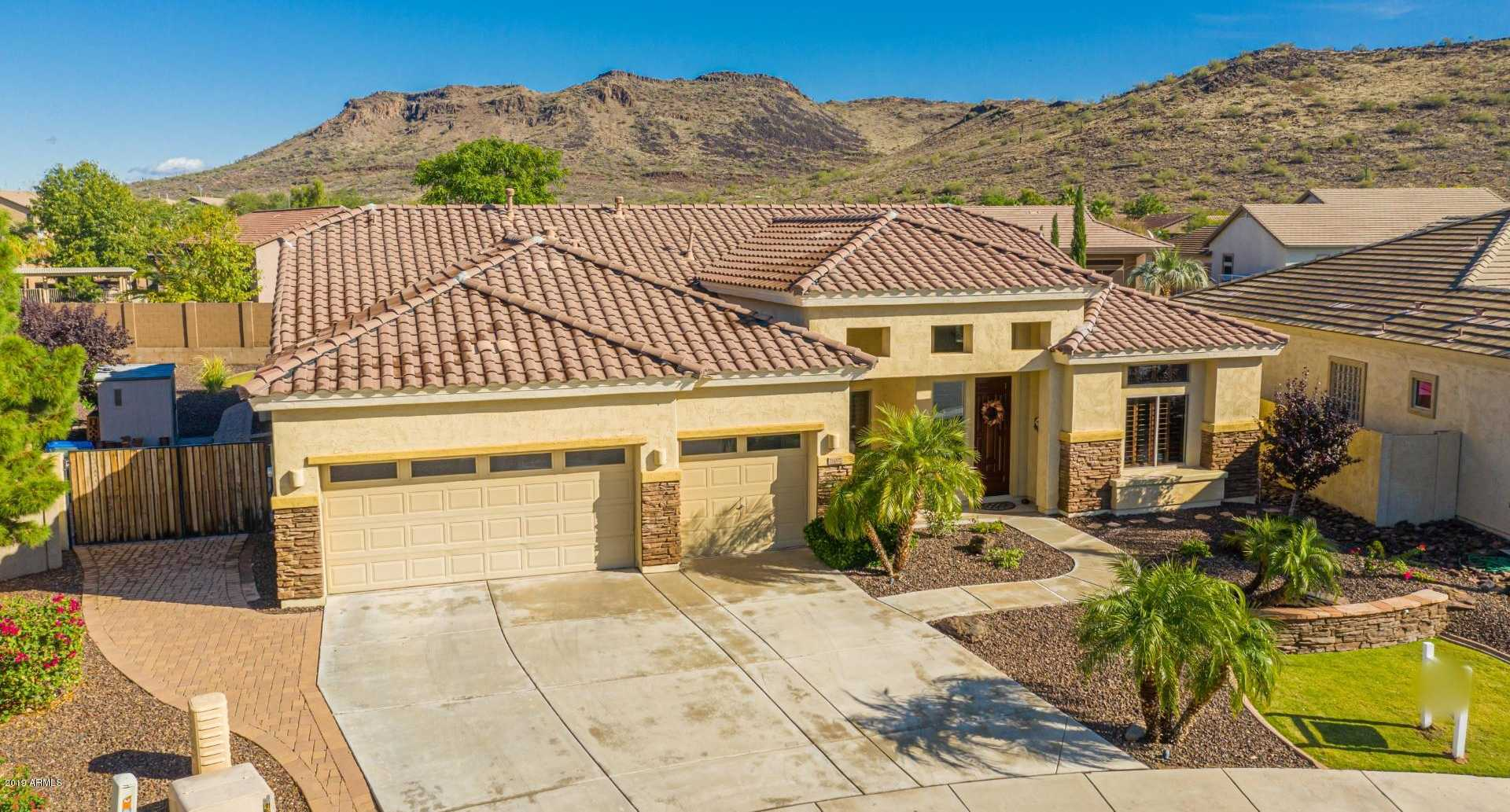 $529,000 - 4Br/3Ba - Home for Sale in Stetson Valley Parcels 7 8 9 10, Phoenix