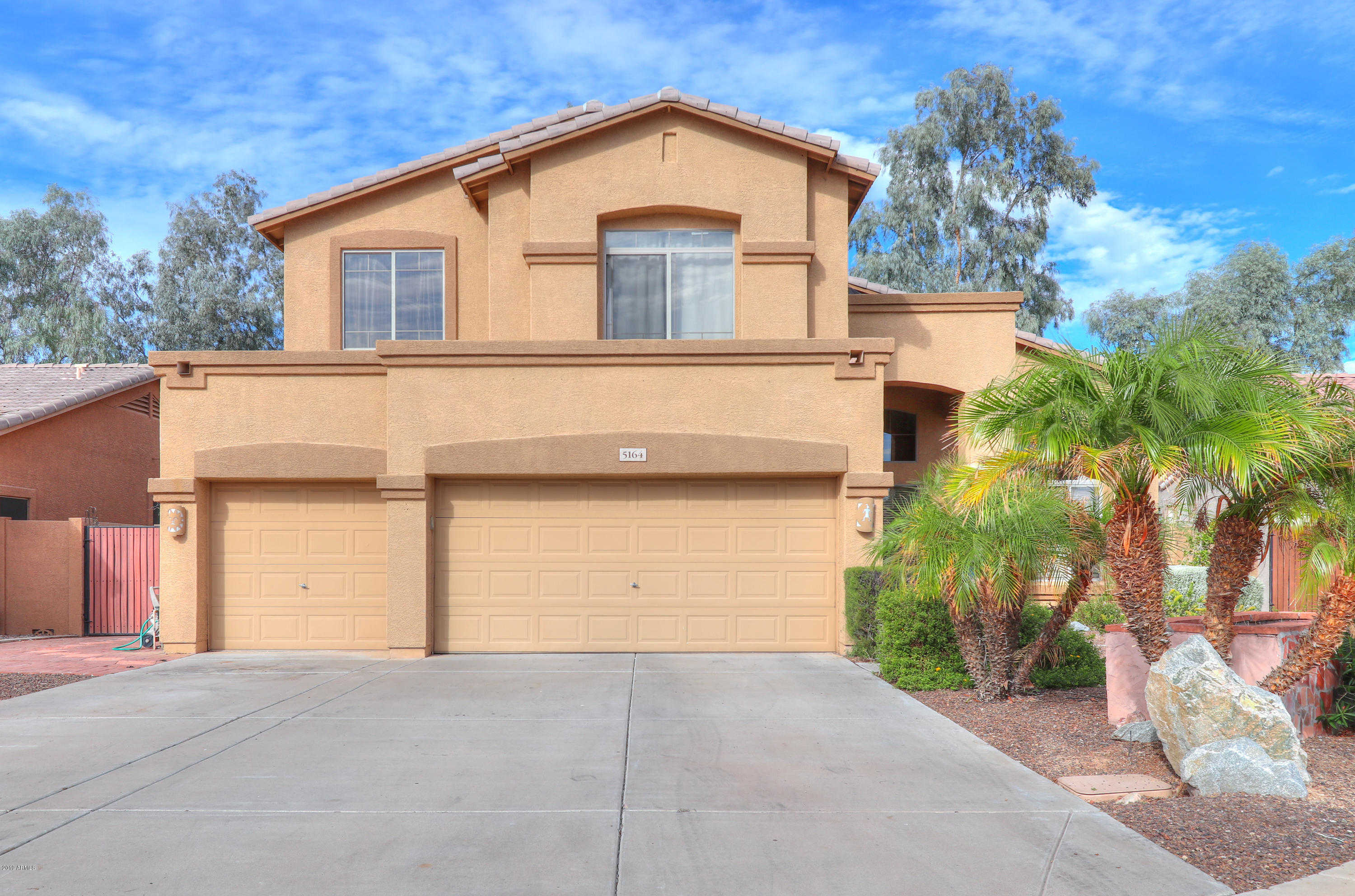 $350,000 - 4Br/3Ba - Home for Sale in Touchstone, Glendale