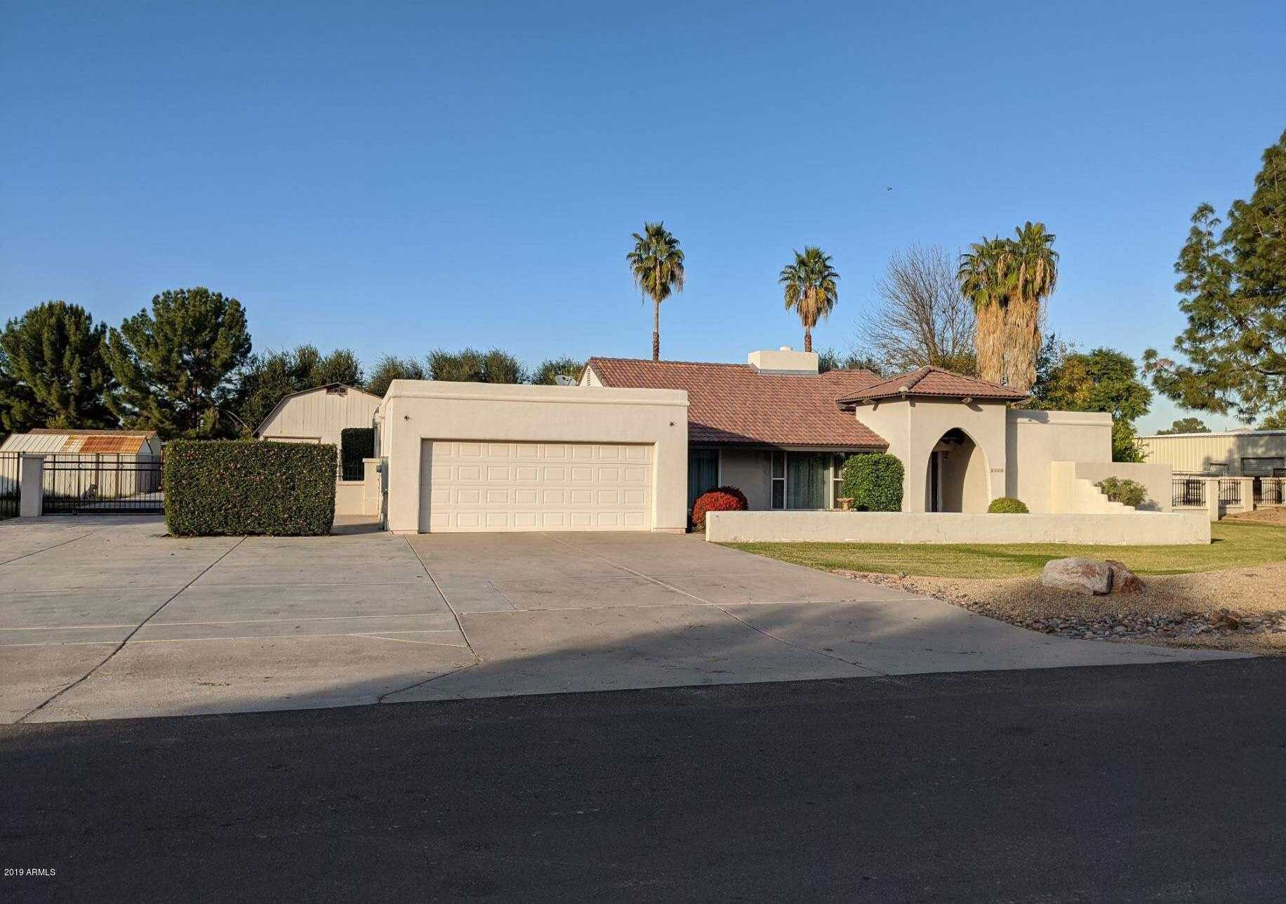 $475,000 - 3Br/2Ba - Home for Sale in Double T Ranch Lot 1-15, Glendale