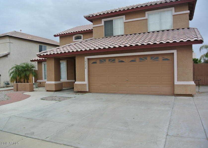 $340,000 - 4Br/3Ba - Home for Sale in Carmel Cove, Glendale