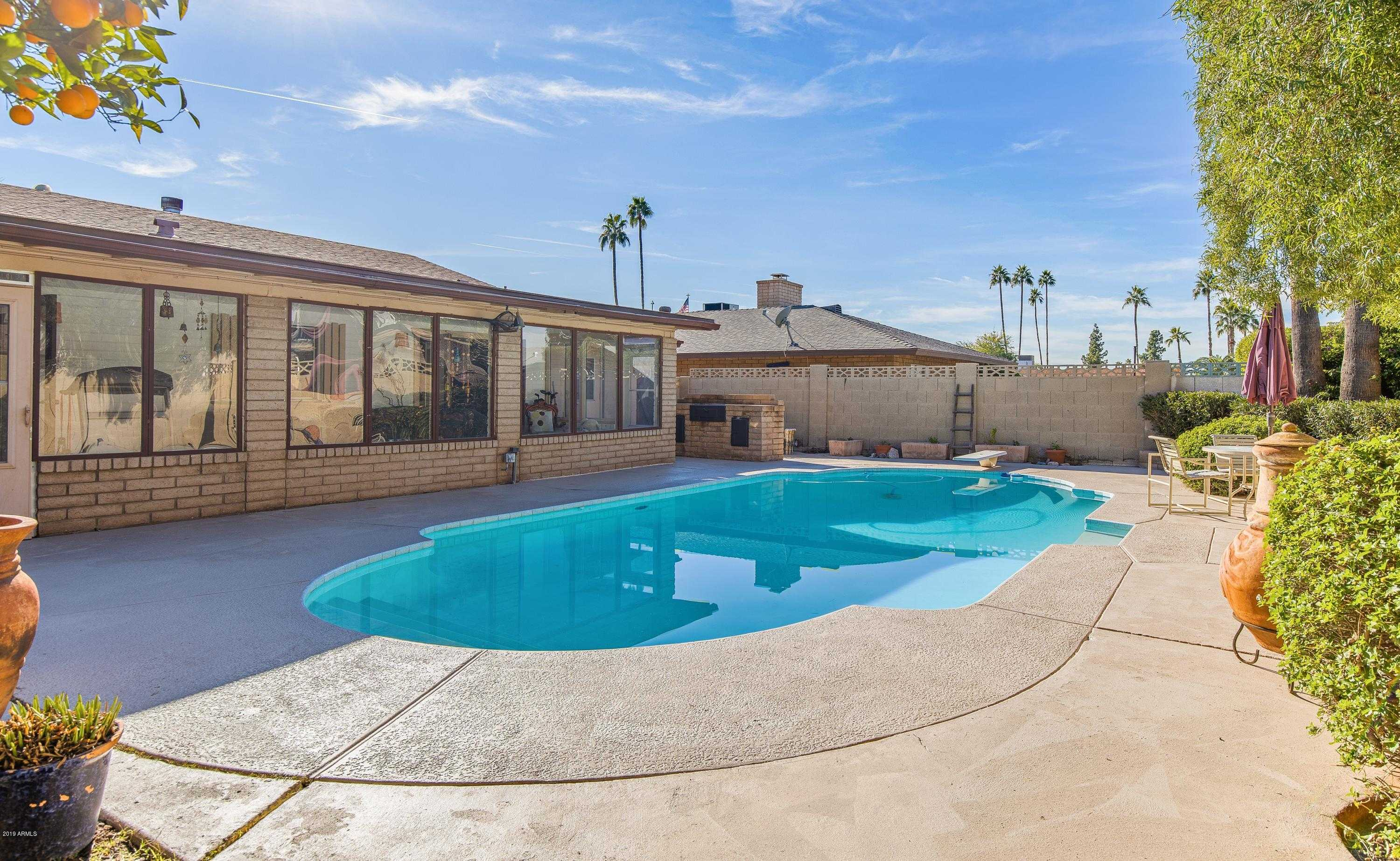 $299,900 - 4Br/2Ba - Home for Sale in Sands Oasis 5, Glendale