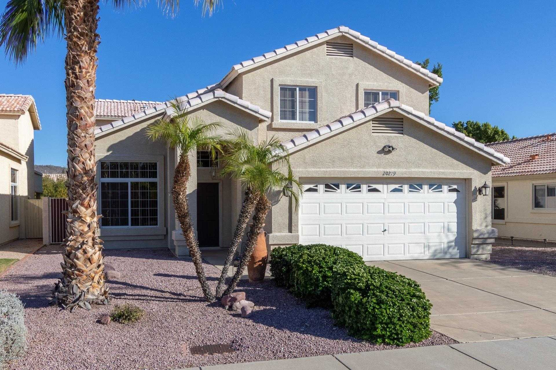 $429,900 - 4Br/3Ba - Home for Sale in Arrowhead Lakes Unit 8a, Glendale