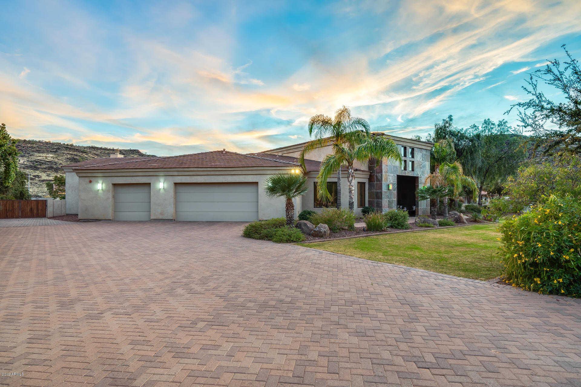 $1,200,000 - 4Br/4Ba - Home for Sale in Saddleback Hills, Glendale