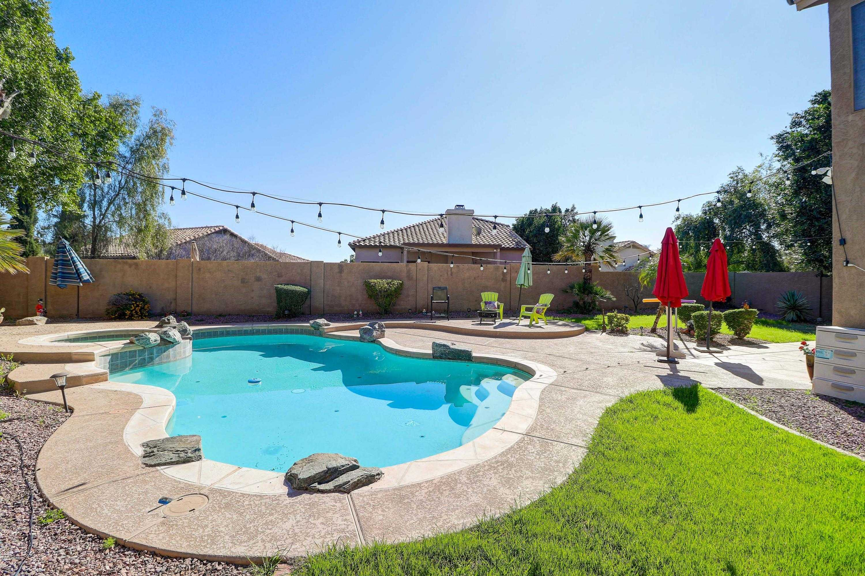 $369,000 - 4Br/3Ba - Home for Sale in Flora Cove, Glendale