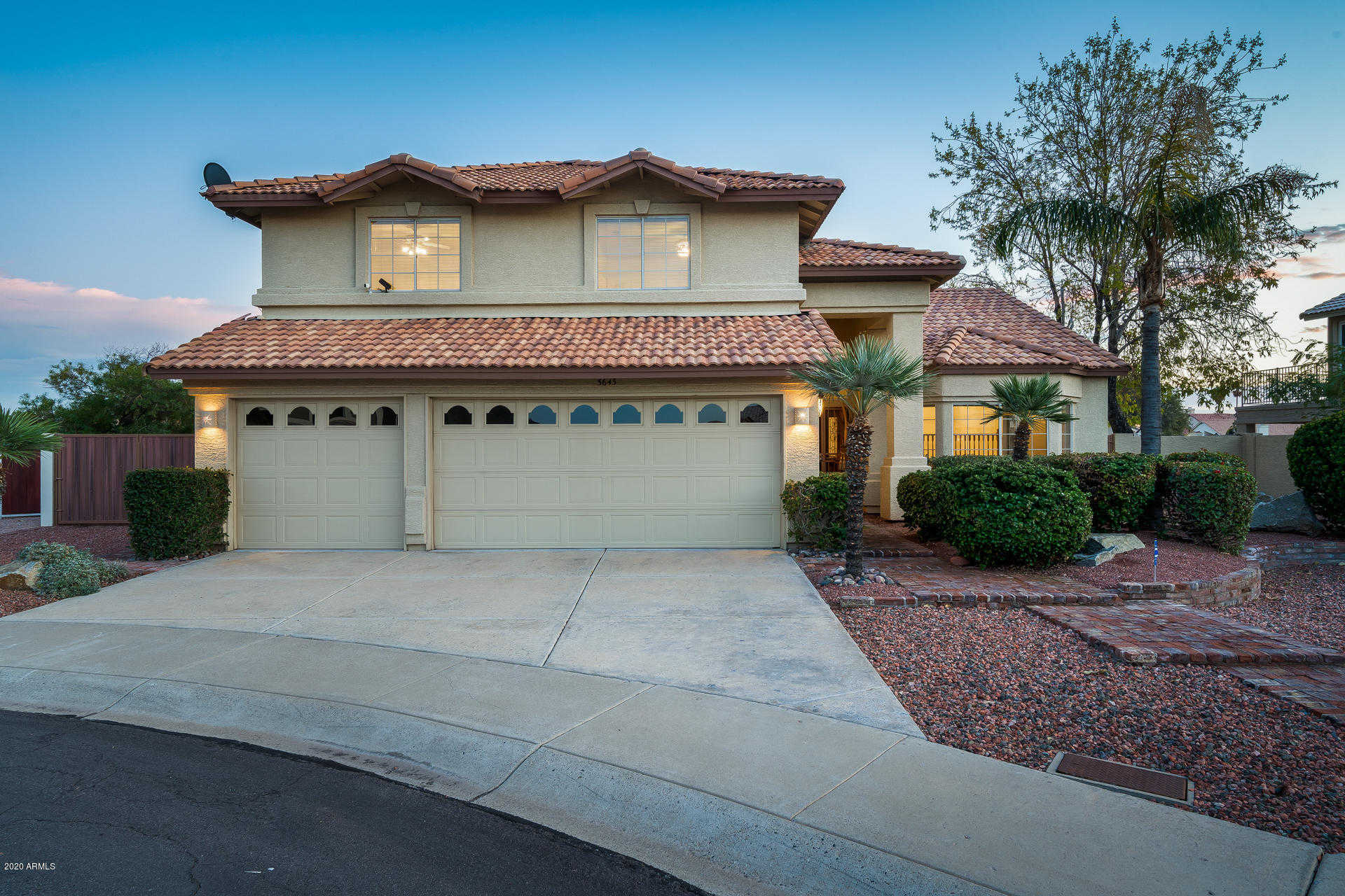$535,000 - 4Br/3Ba - Home for Sale in Arrowhead Lakes 3 Lot 239-333 Tr A-b, Glendale