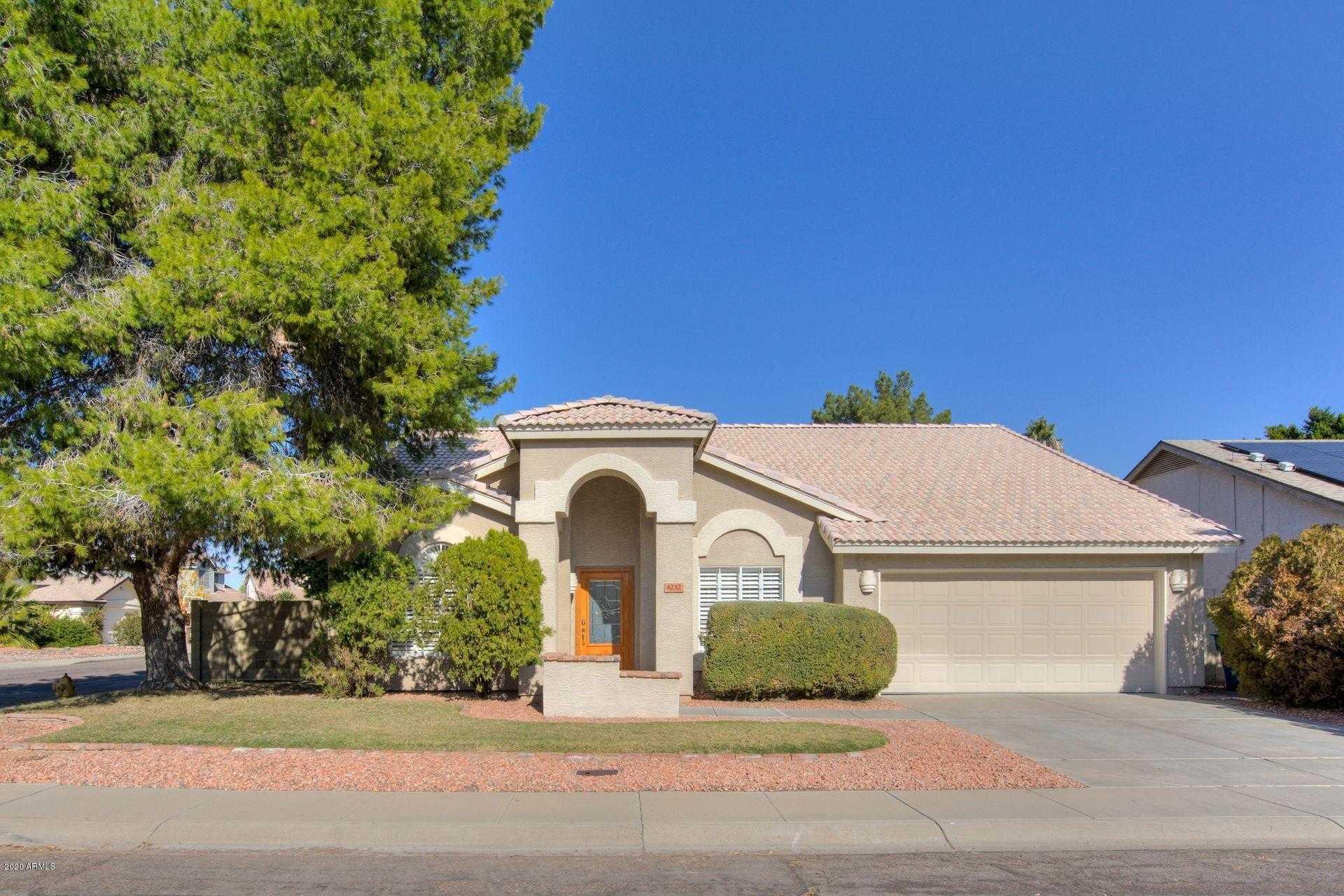 $350,000 - 4Br/2Ba - Home for Sale in Adobe Hills Lot 1-260, Glendale