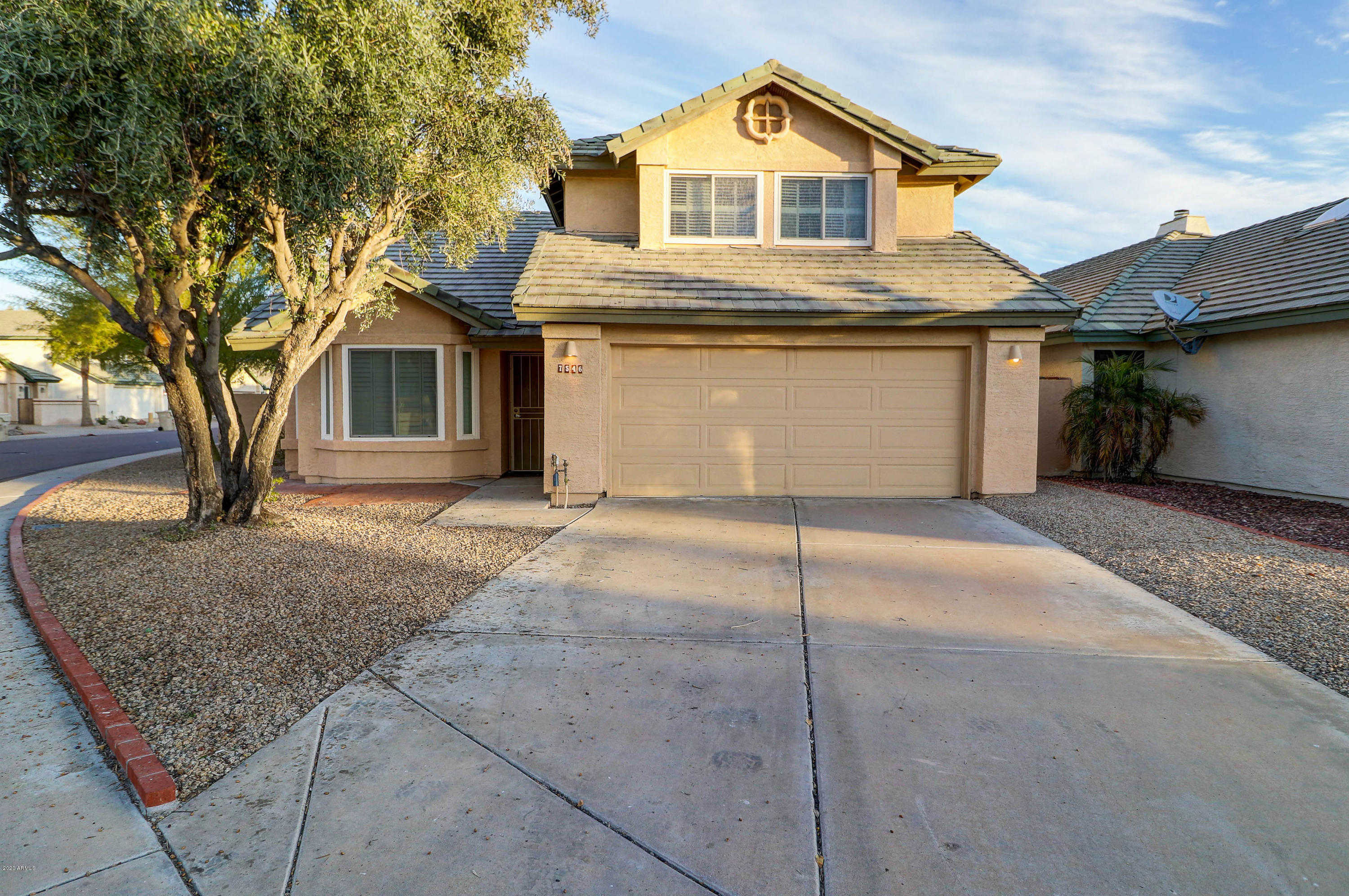 $305,000 - 4Br/3Ba - Home for Sale in Village Greens Lot 1-194 Tr A-e, Glendale