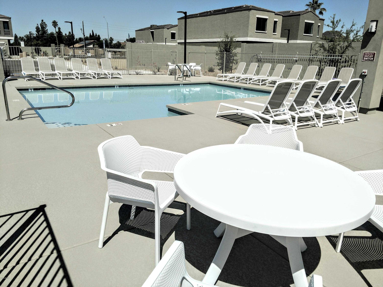 $279,503 - 3Br/3Ba - Home for Sale in Santorini Estates, Glendale