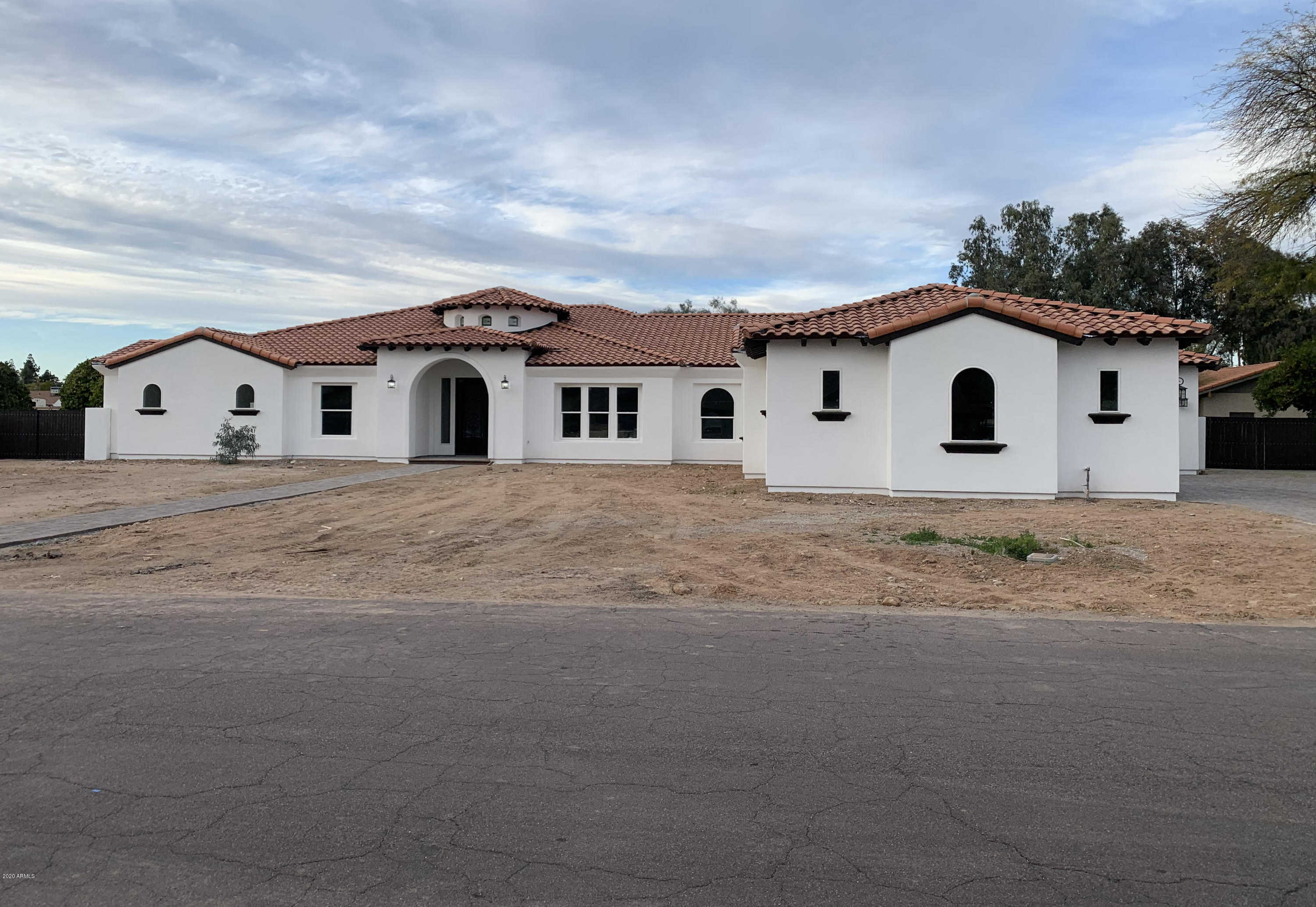 $799,900 - 5Br/5Ba - Home for Sale in Secluded Acres 4, Glendale