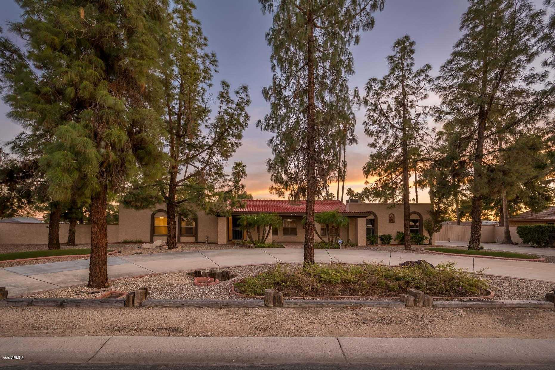$525,000 - 3Br/2Ba - Home for Sale in Secluded Acres 3, Glendale