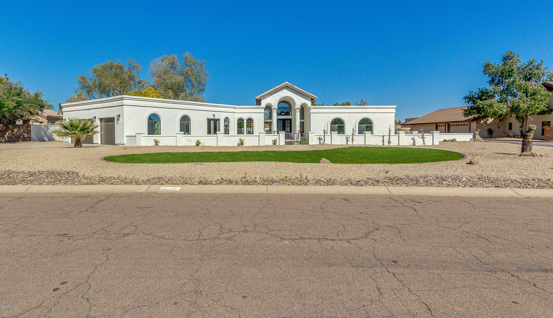 $999,900 - 6Br/4Ba - Home for Sale in Saddleback Foothills, Glendale