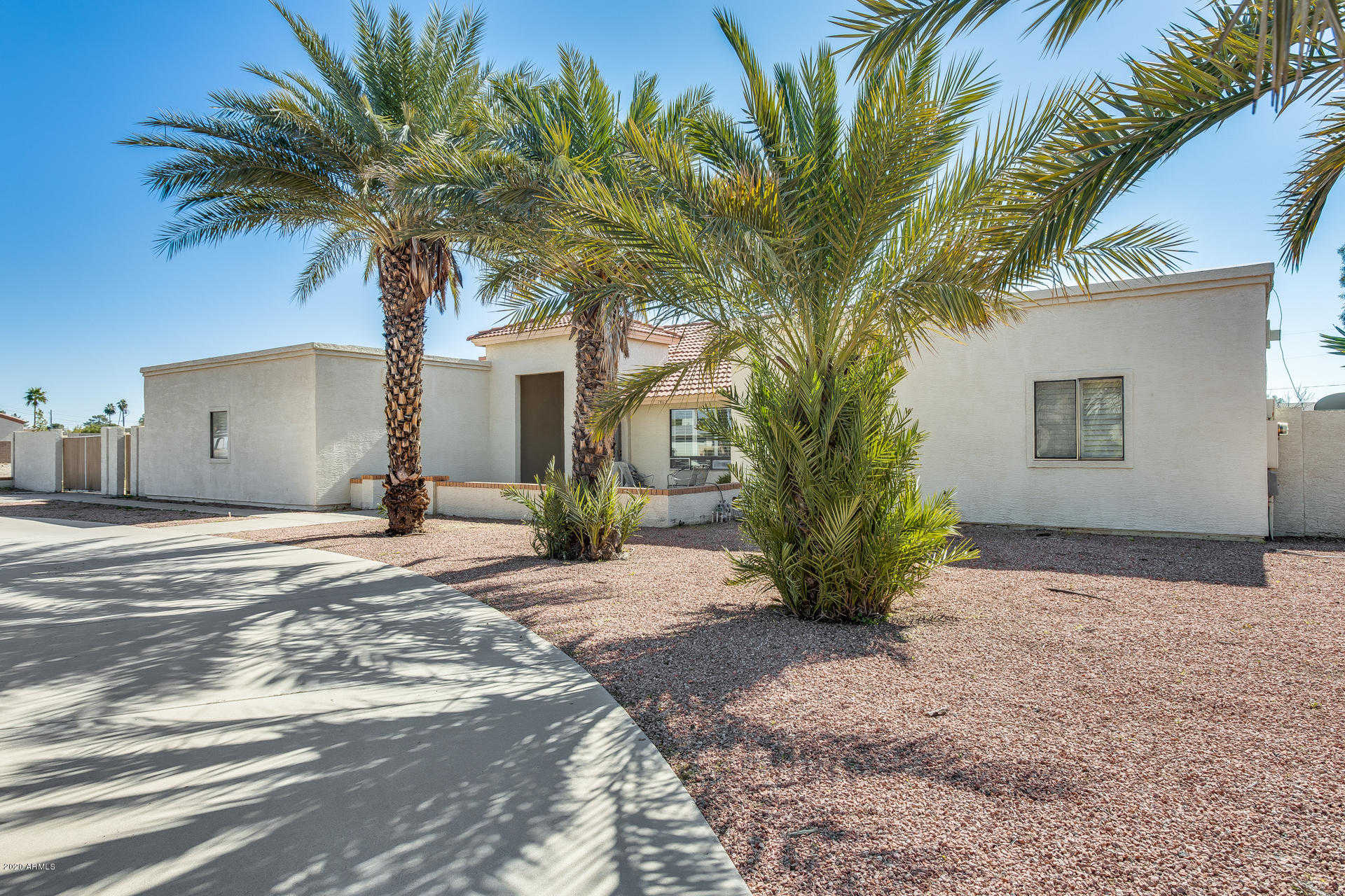 $530,000 - 4Br/3Ba - Home for Sale in Secluded Acres, Glendale