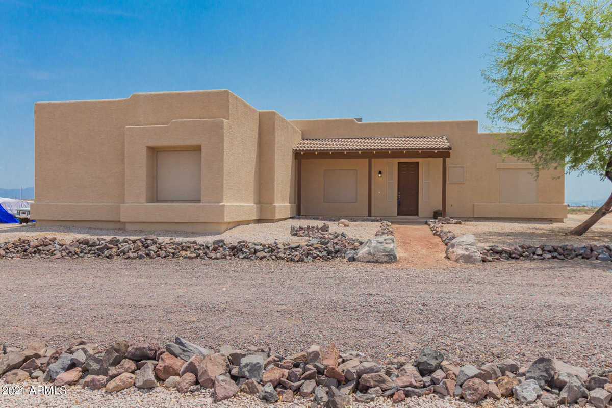 $449,900 - 4Br/2Ba - Home for Sale in Unknown, Tonopah