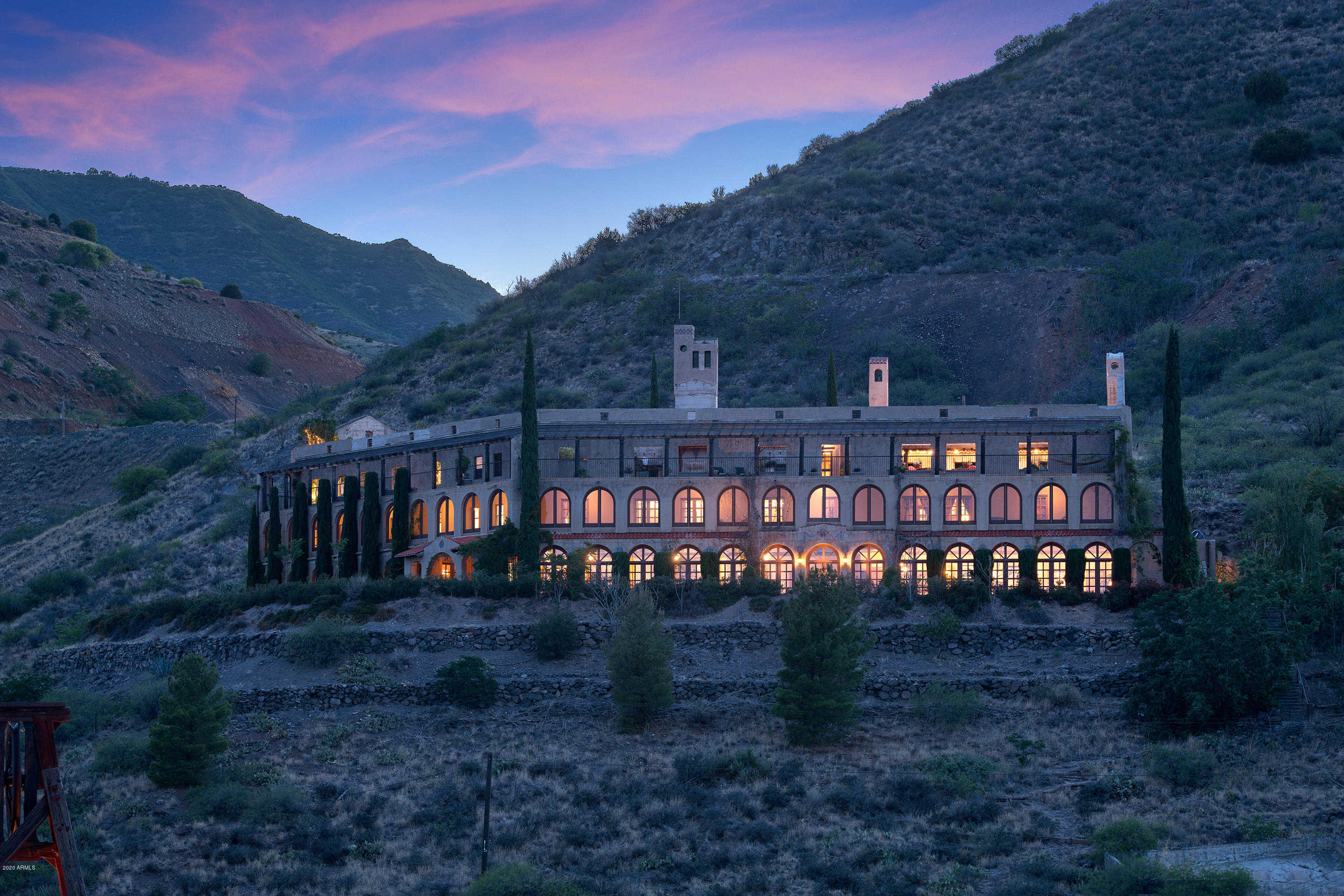 $5,900,000 - 8Br/7Ba - Home for Sale in Under 5 Acres, Jerome
