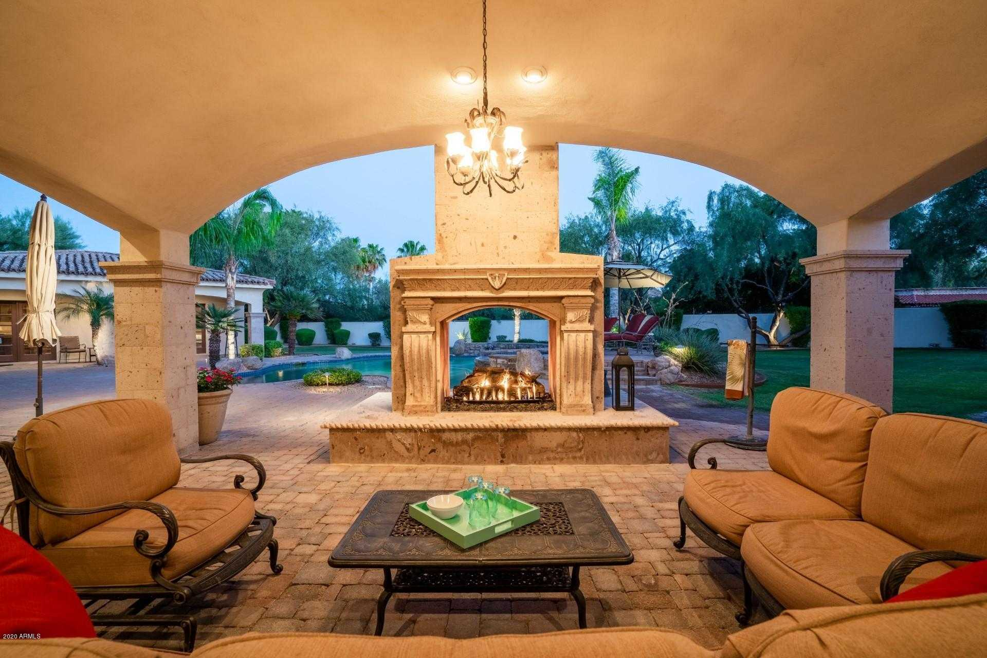 $3,975,000 - 6Br/7Ba - Home for Sale in Camelback Country Club Estates, Paradise Valley