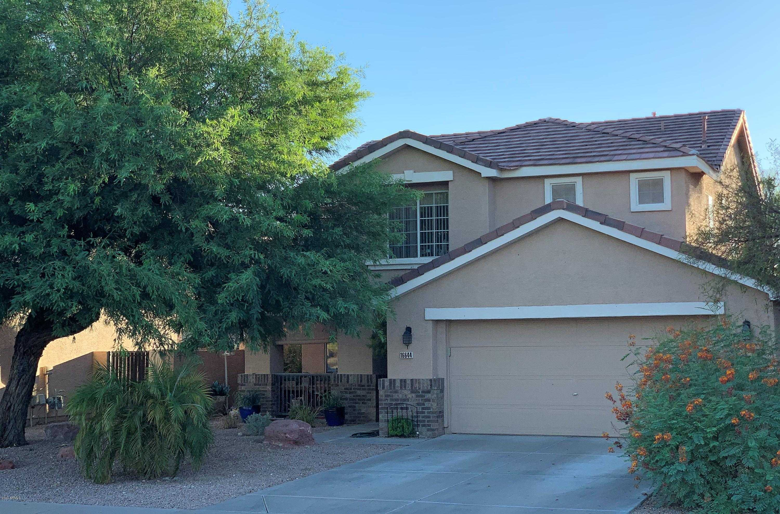 $389,500 - 3Br/3Ba - Home for Sale in Cays Pavilion, Phoenix