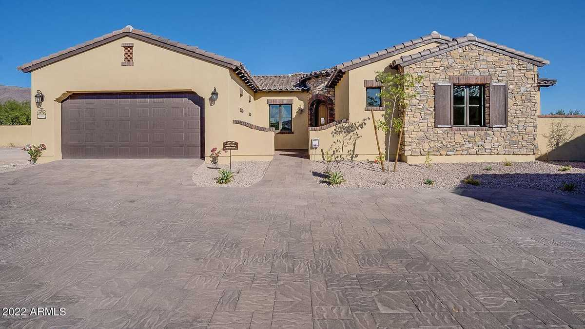 $645,990 - 2Br/2Ba - Home for Sale in Club Villas At Superstition Foothills, Gold Canyon
