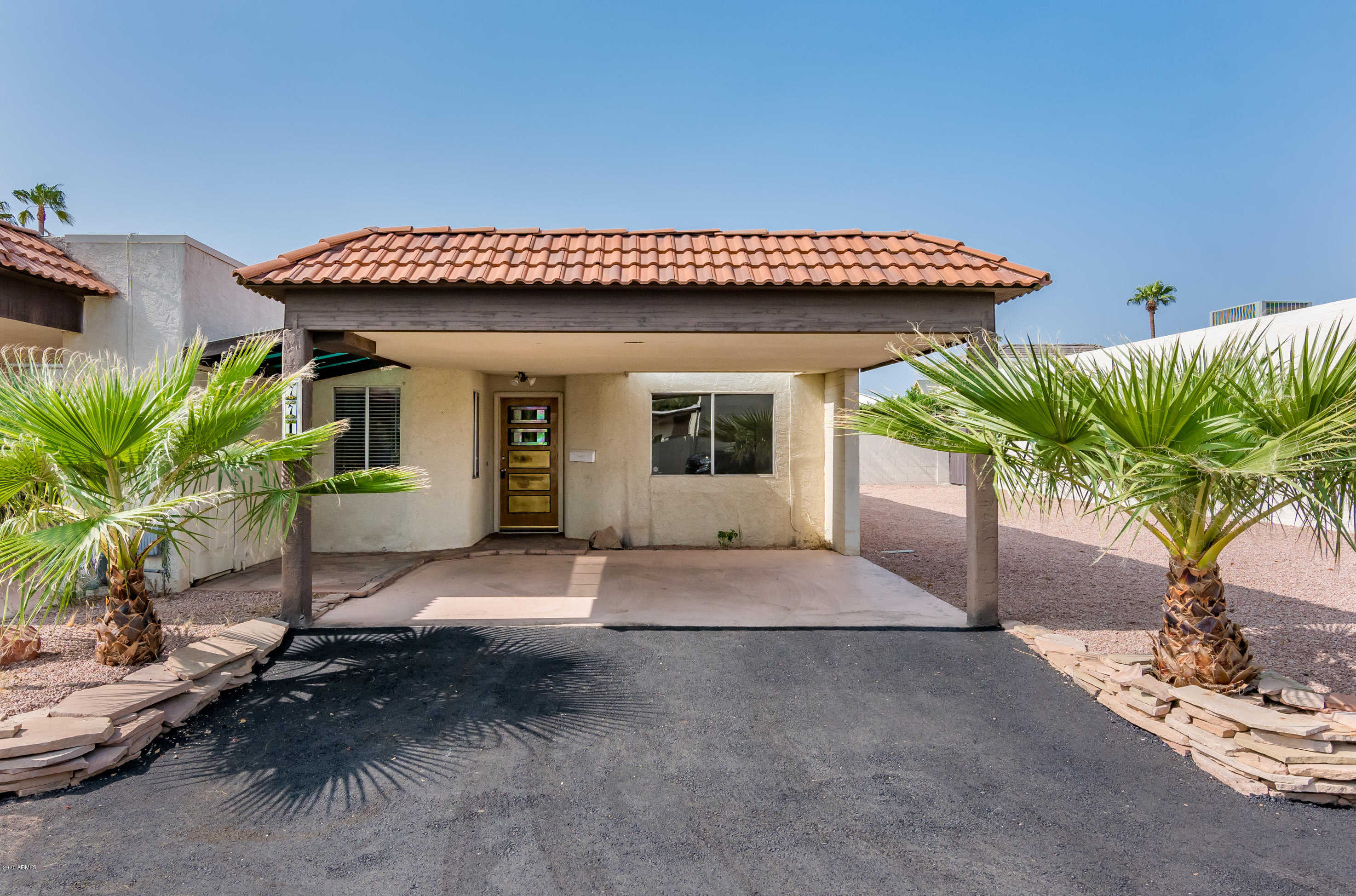 $275,000 - 2Br/2Ba -  for Sale in Villa Monterey 9, Scottsdale
