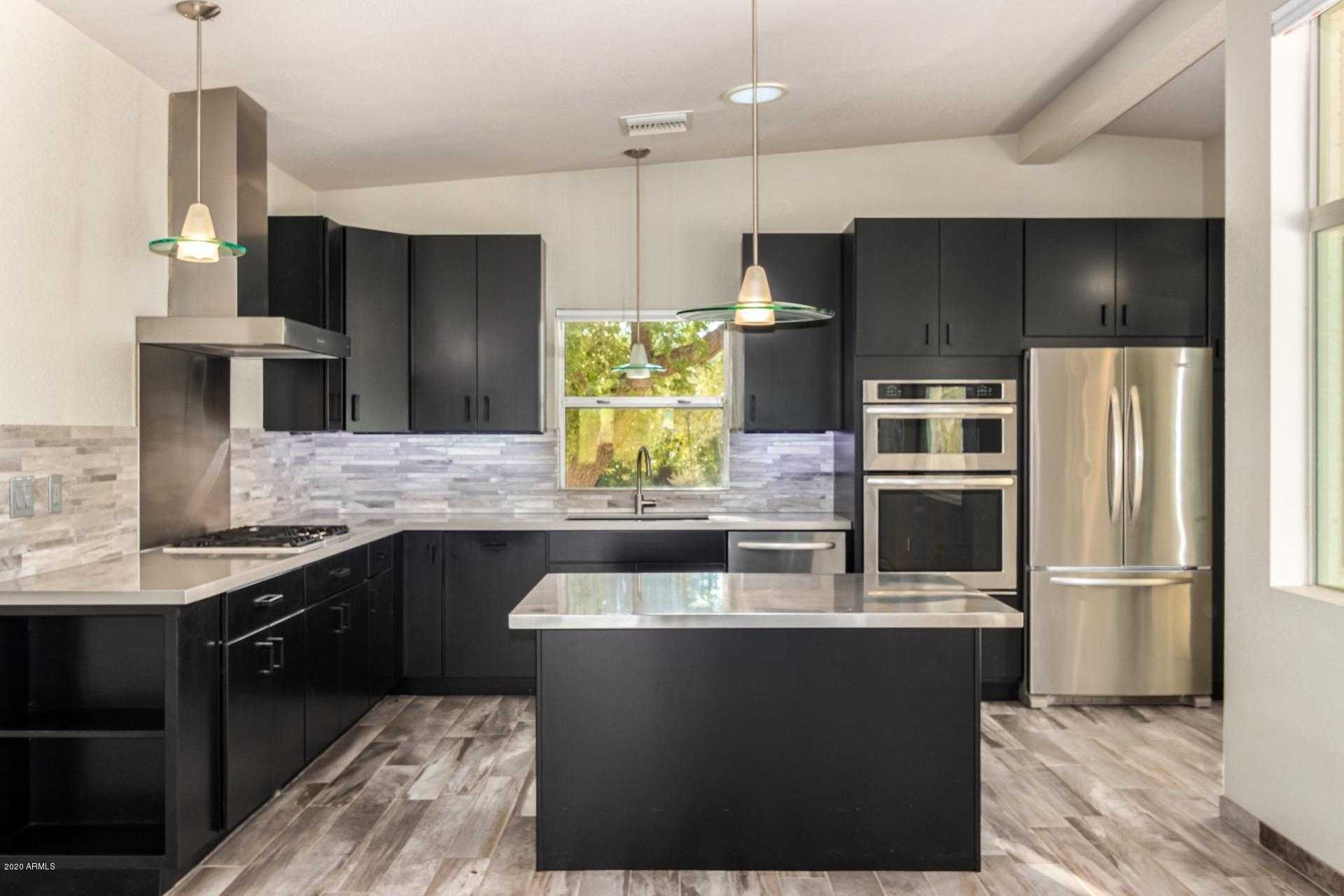 $1,350,000 - 5Br/5Ba - Home for Sale in Desert Villa, Paradise Valley