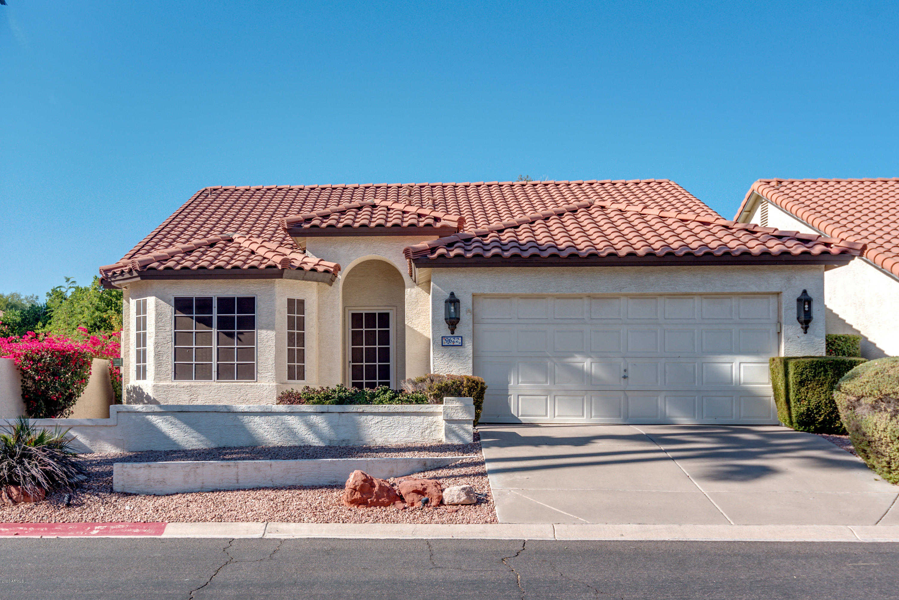 $385,000 - 3Br/2Ba - Home for Sale in Pointe South Mountain, Phoenix
