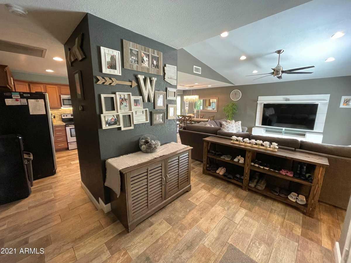 $599,999 - 4Br/3Ba - Home for Sale in Cave Creek Unit 2, Phoenix