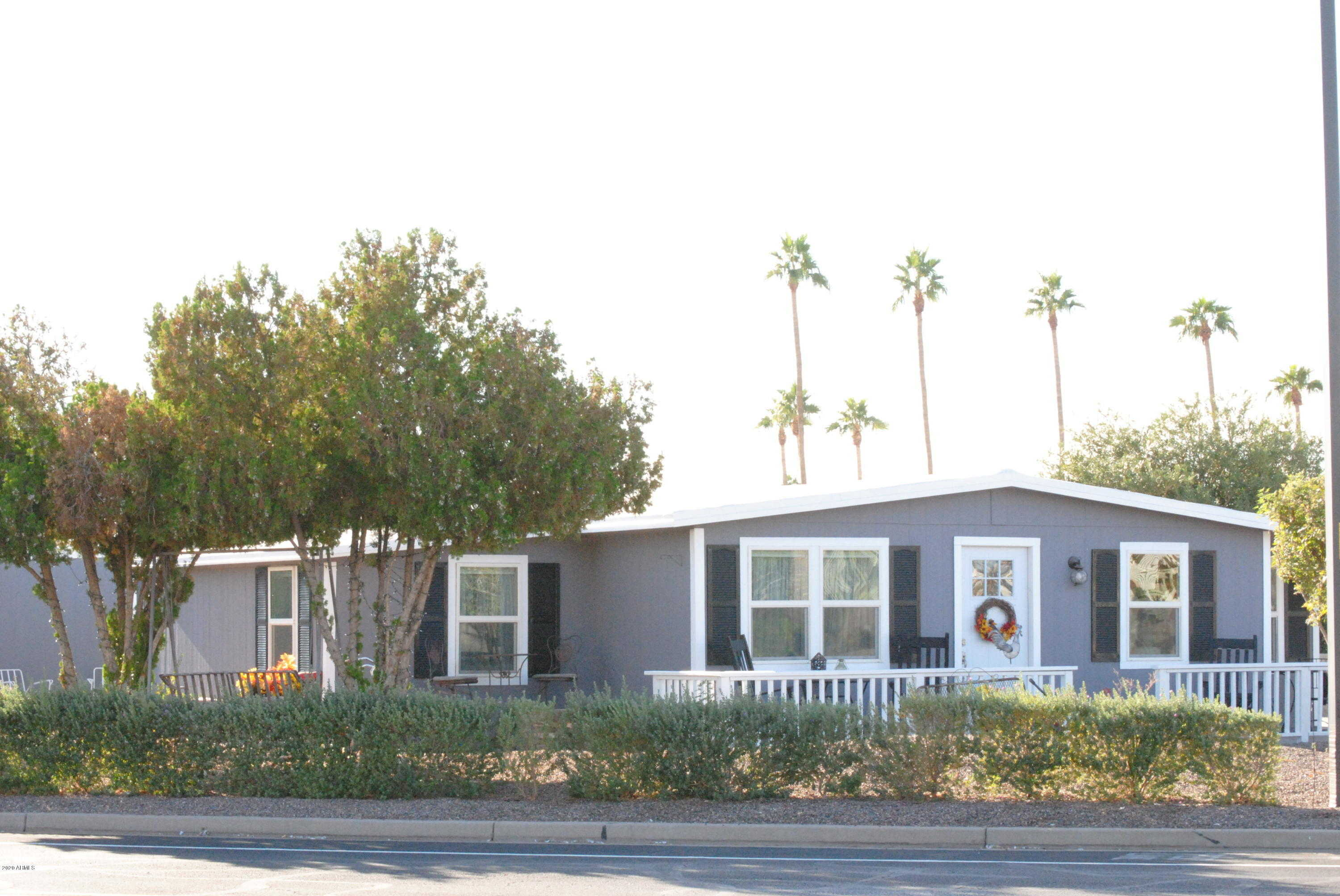 $225,000 - 2Br/2Ba -  for Sale in Fountain Of The Sun, Mesa