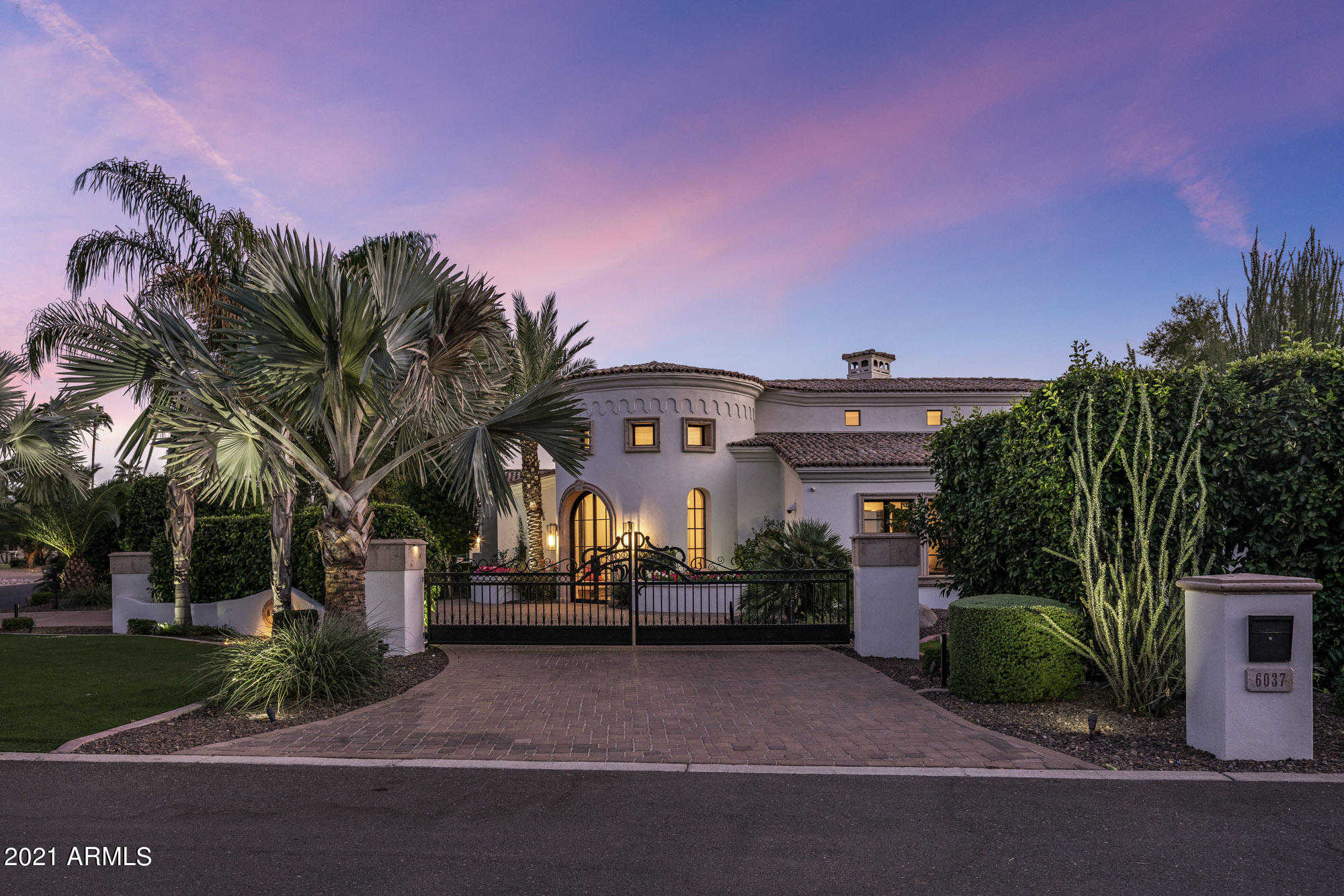 $4,250,000 - 5Br/7Ba - Home for Sale in Lajolla Aces Ii, Paradise Valley
