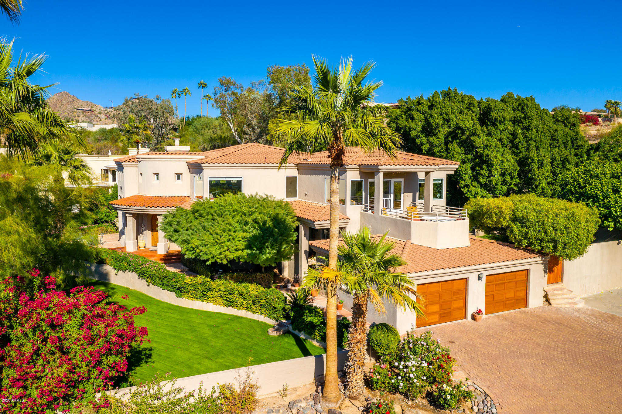 $1,877,000 - 5Br/5Ba - Home for Sale in Camelback Foothills, Paradise Valley