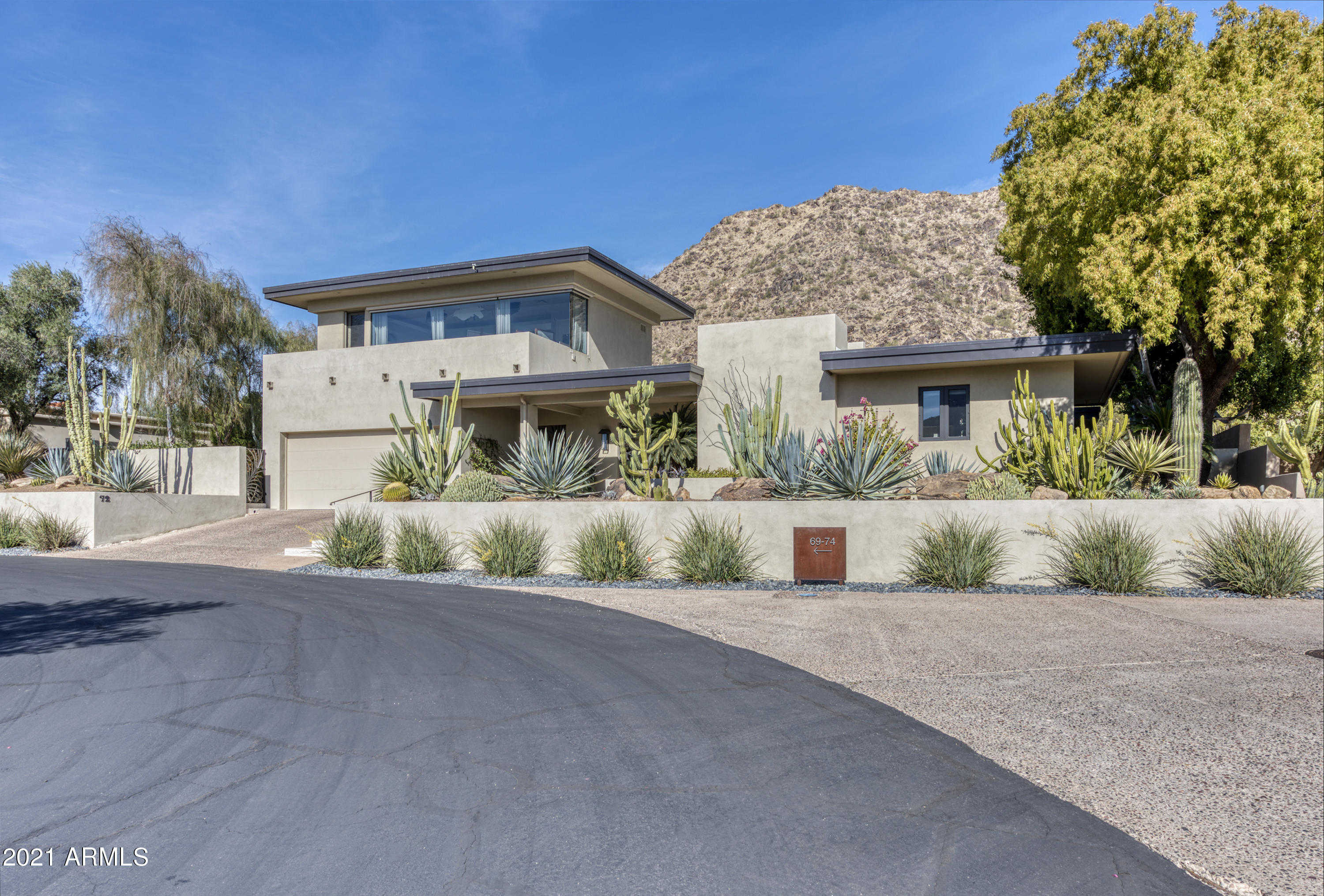 $1,849,000 - 3Br/3Ba - Home for Sale in Colonia Miramonte, Paradise Valley