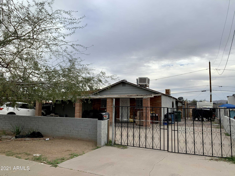 $249,900 - 3Br/3Ba - Home for Sale in Hilton Place, Phoenix