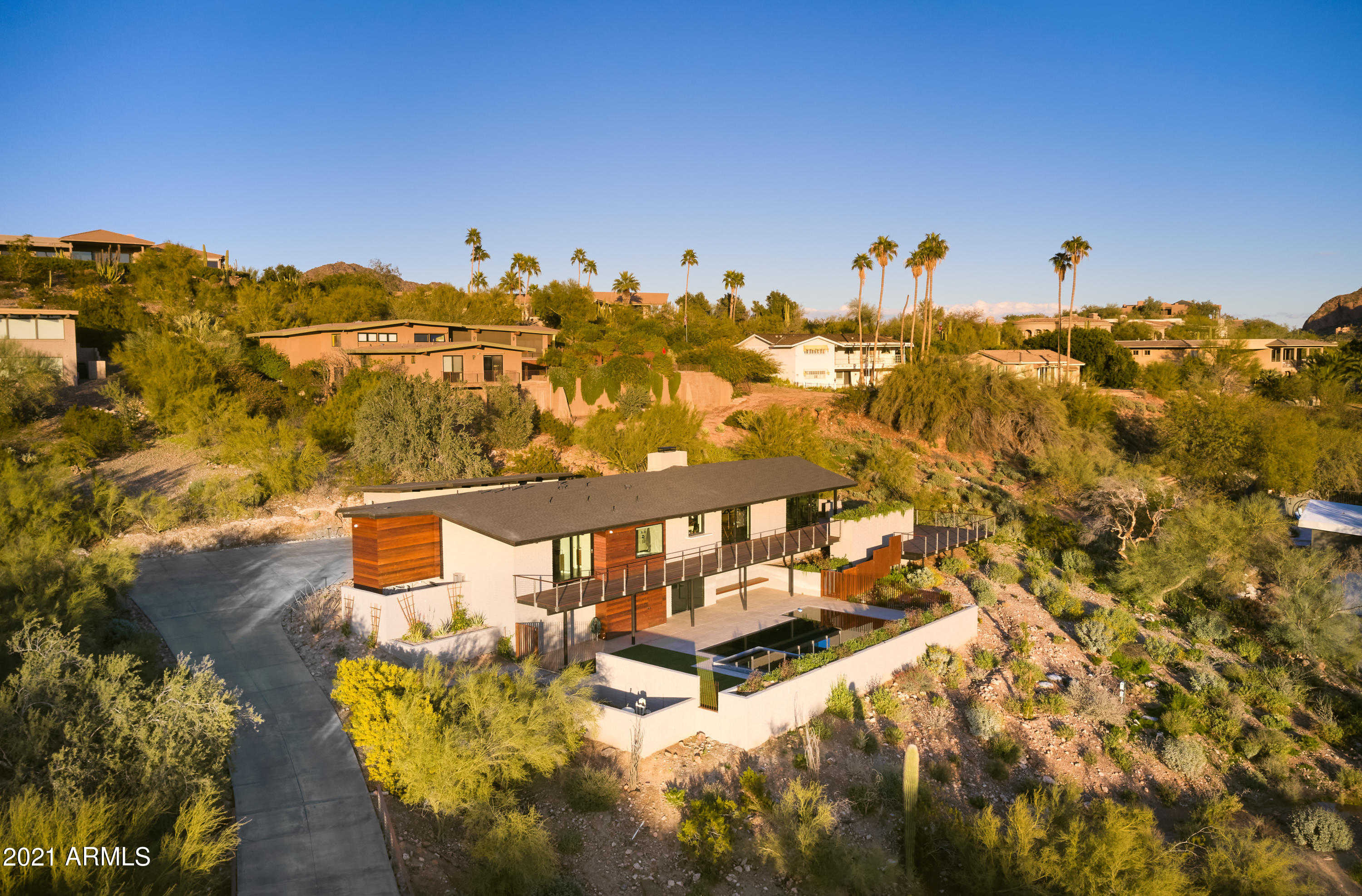 $2,175,000 - 3Br/4Ba - Home for Sale in Camelback Foothills 2, Paradise Valley