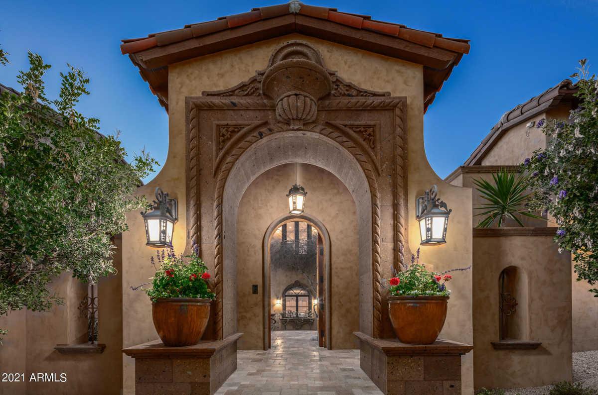 Luxury Home Neighborhoods