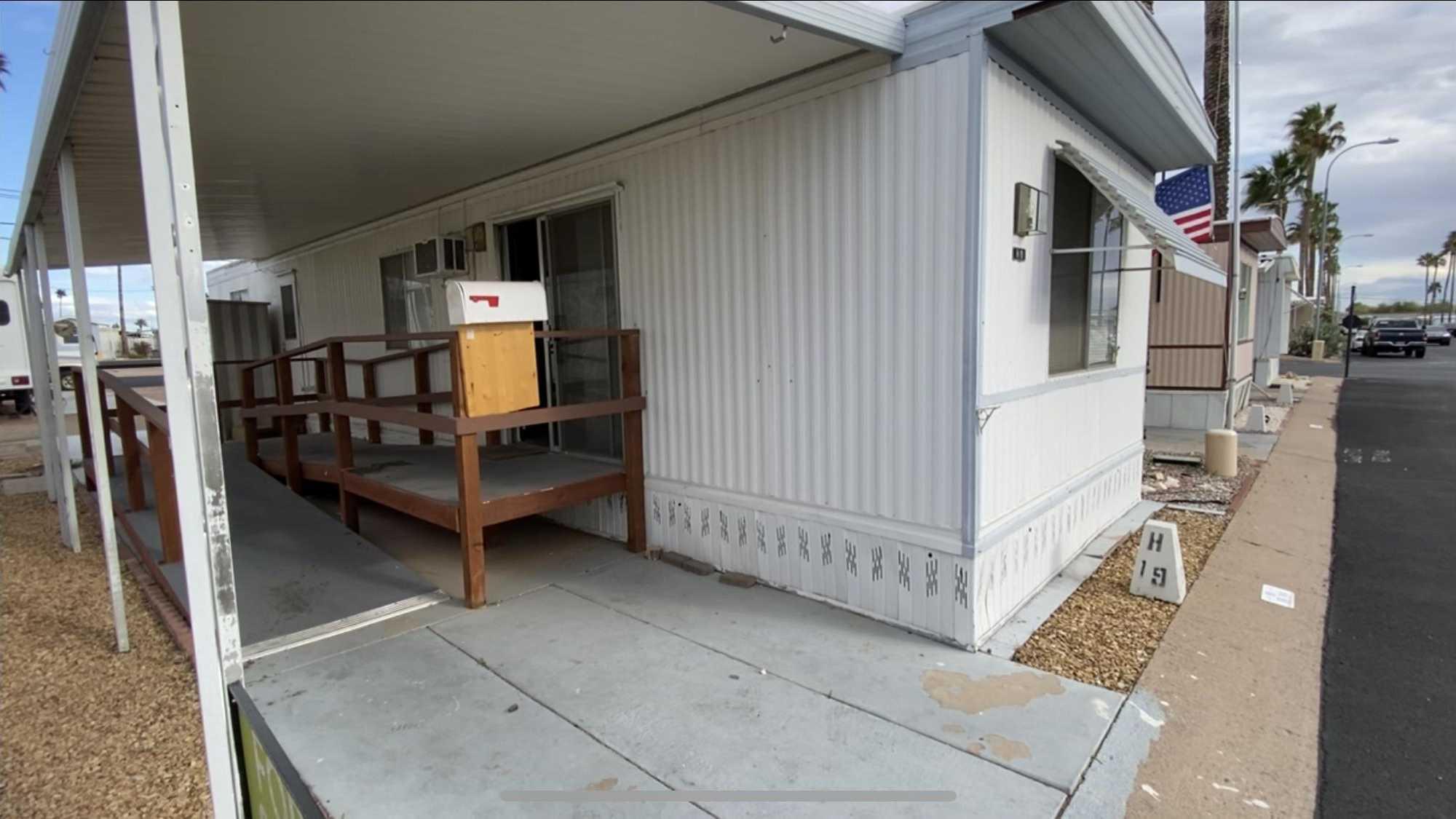 $12,000 - 1Br/1Ba -  for Sale in Agave Village, Mesa