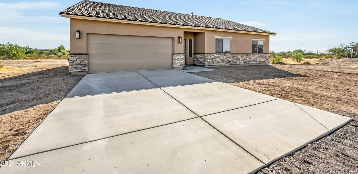 $474,000 - 3Br/2Ba - Home for Sale in Tr A Purple Sage Unit Ii & Iii At Gold Canyon East, Gold Canyon