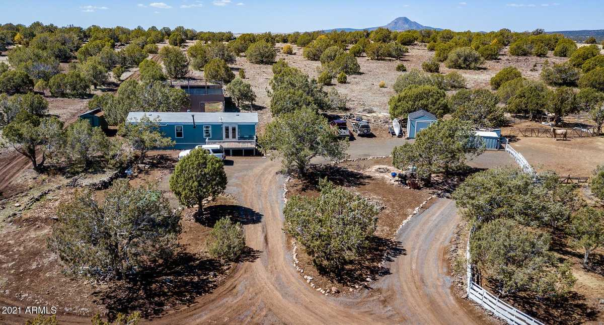$195,000 - 2Br/1Ba -  for Sale in Juniper Wood Ranch Unit5 Juniper Cress Ls 1/44, Ash Fork
