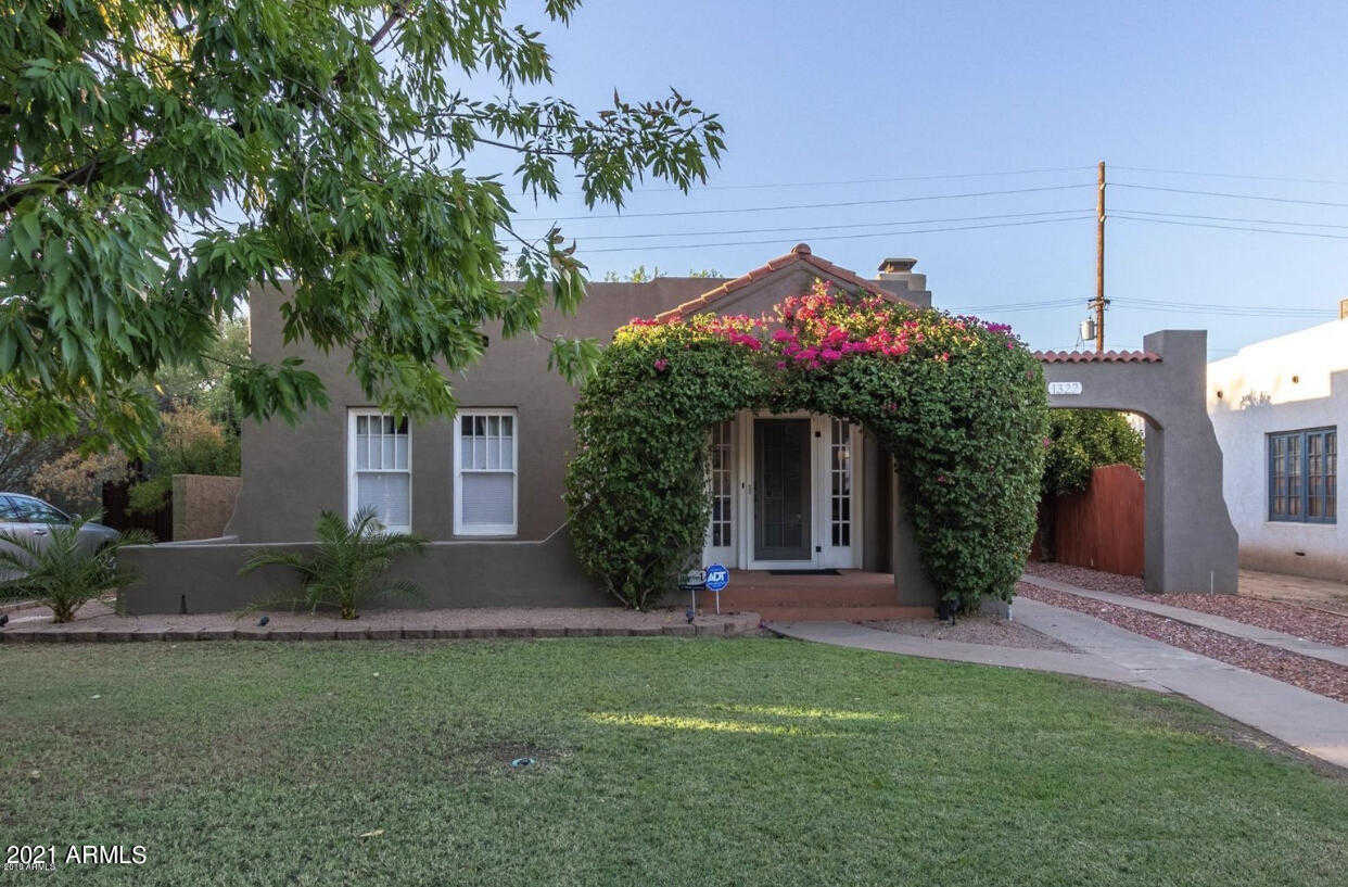 $580,000 - 3Br/2Ba - Home for Sale in F Q Story Addition Plat D, Phoenix