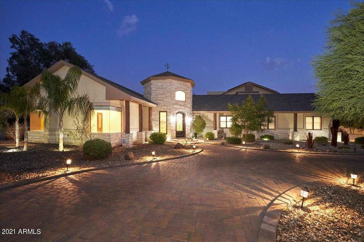 $1,850,000 - 4Br/4Ba - Home for Sale in Metes & Bounds, Peoria