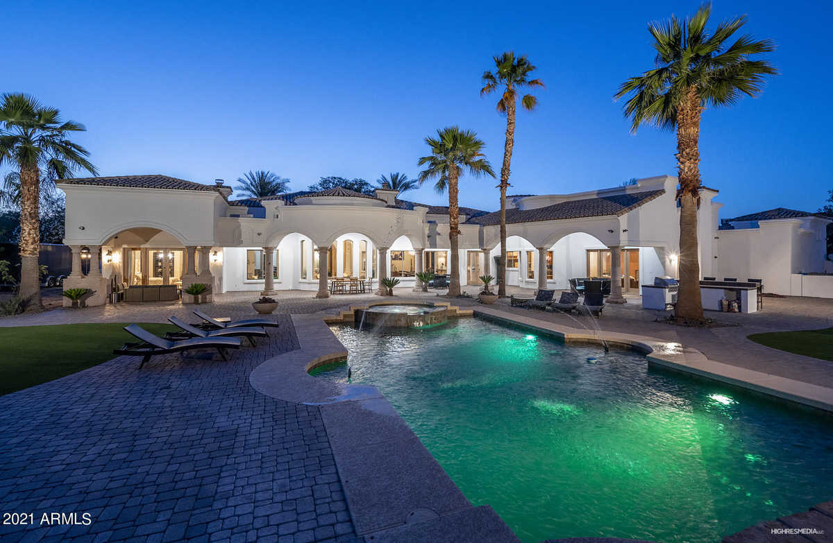 - 5Br/7Ba - Home for Sale in Paradise Country Estates 2, Paradise Valley