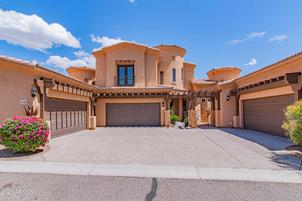 $424,000 - 3Br/3Ba -  for Sale in Toscano Villas, Gold Canyon