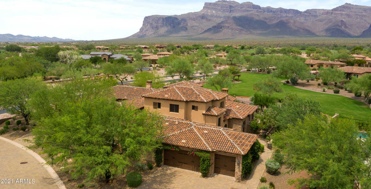 $1,350,000 - 3Br/3Ba - Home for Sale in Superstition Mountain, Gold Canyon