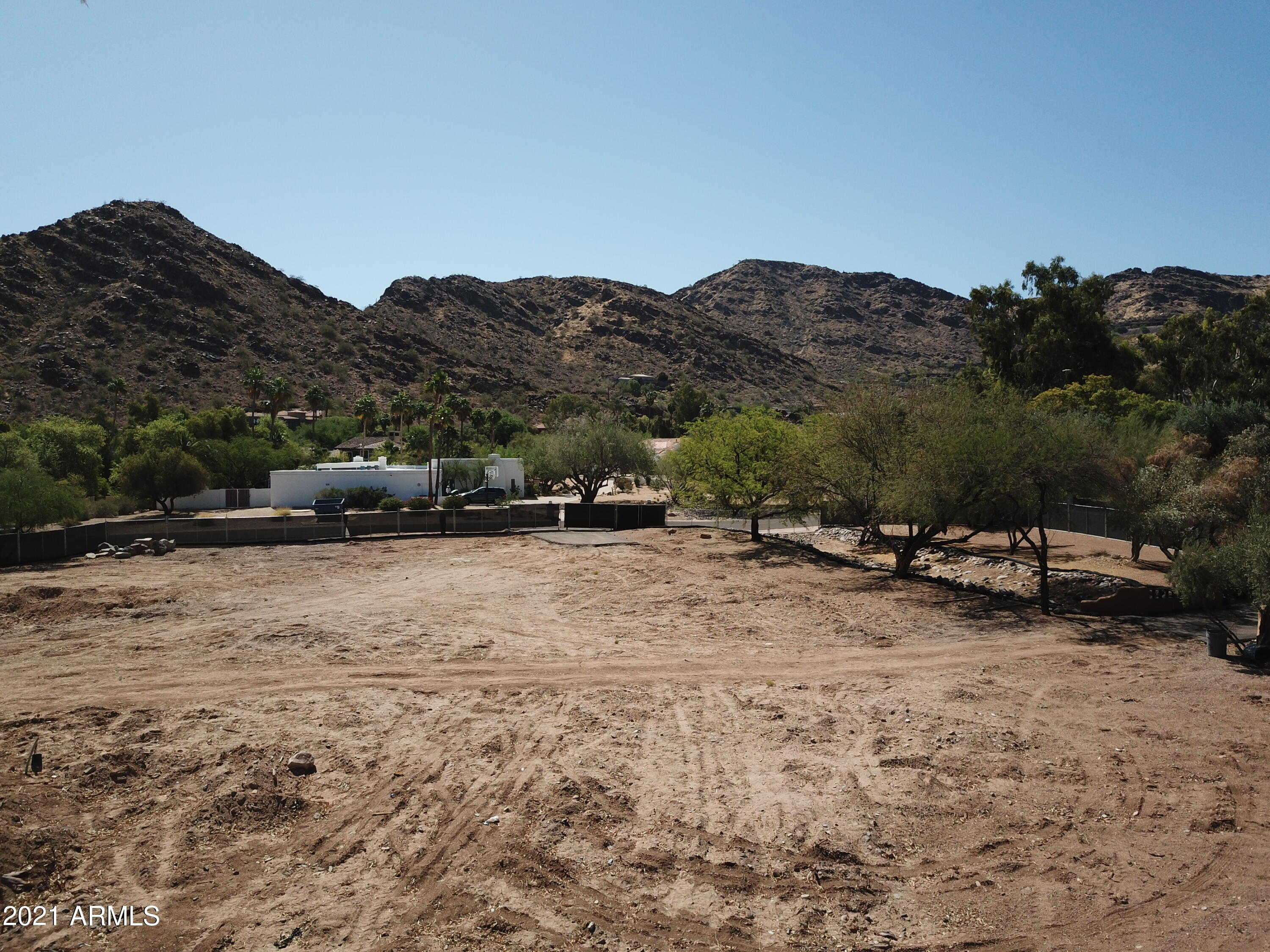 $2,000,000 - Br/Ba -  for Sale in Vista Rica, Paradise Valley