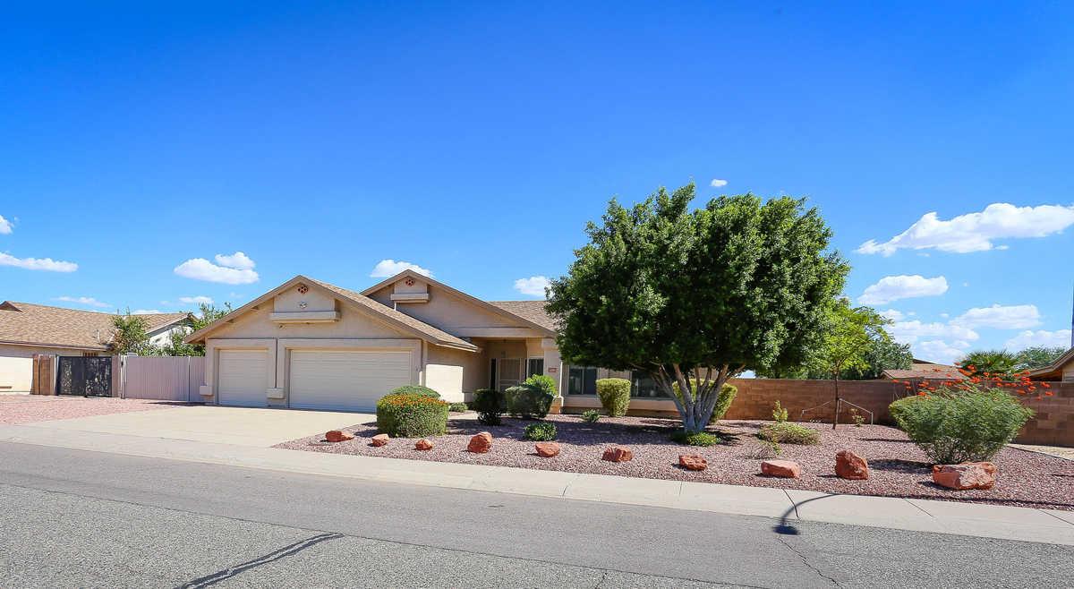 $495,000 - 3Br/2Ba - Home for Sale in Camelback Park Lot 1-288 Tr A-d, Glendale