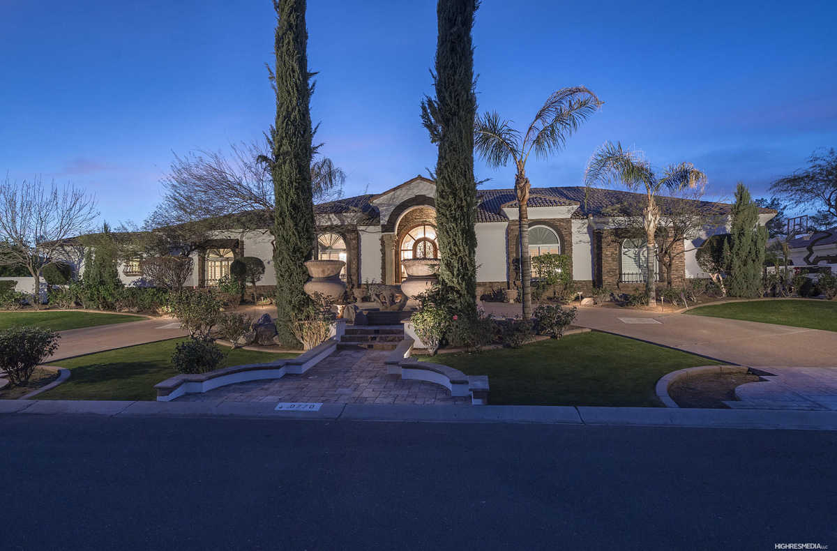 - 6Br/6Ba - Home for Sale in Fischer Valley Estates, Paradise Valley
