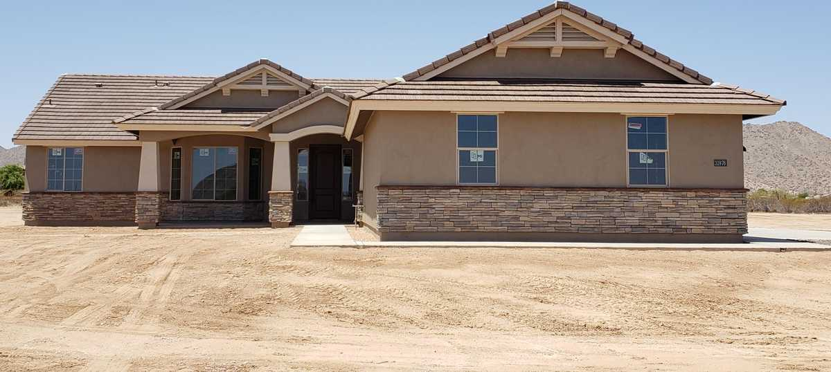 $614,900 - 4Br/2Ba - Home for Sale in Metes And Bounds, Queen Creek